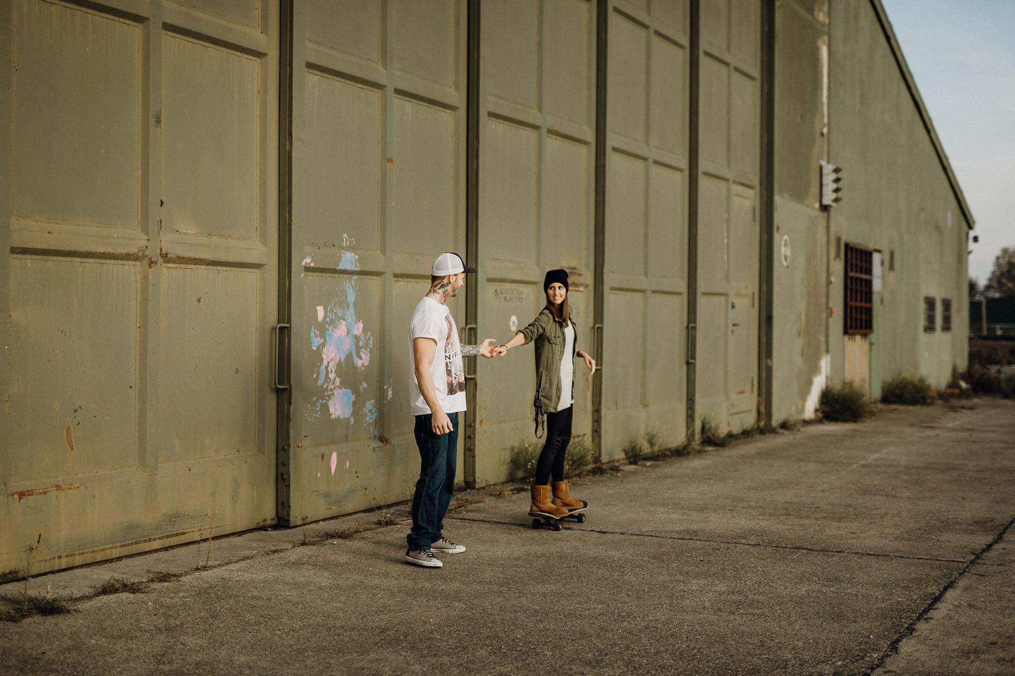 Raissa Simon Photography Destination Couple Black Forest Offenburg Skate 5