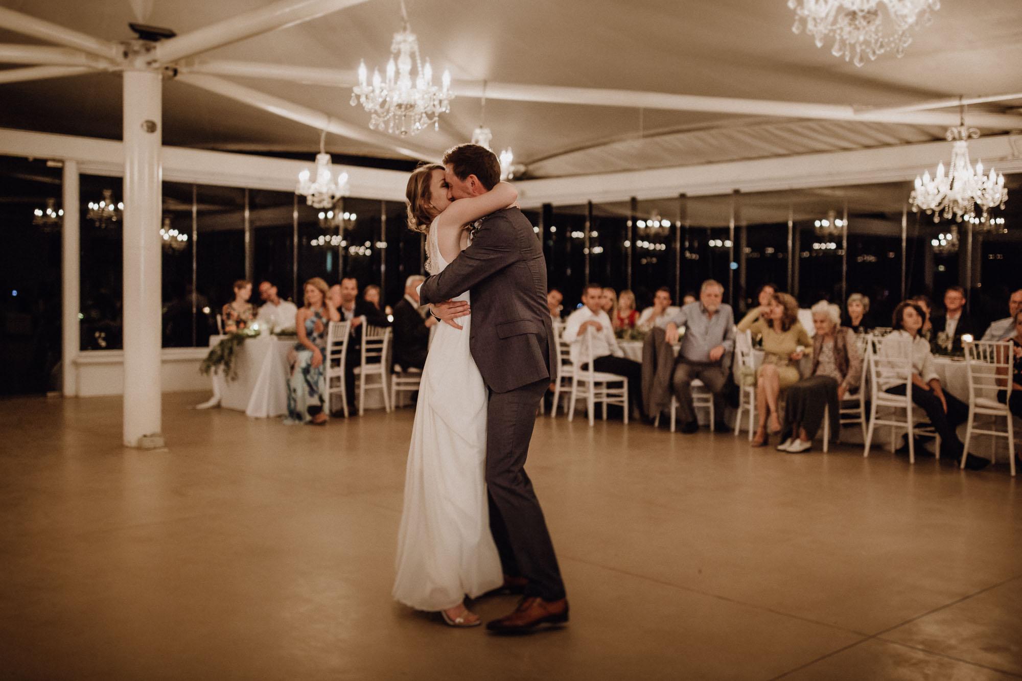 Das Brautpaar tanz