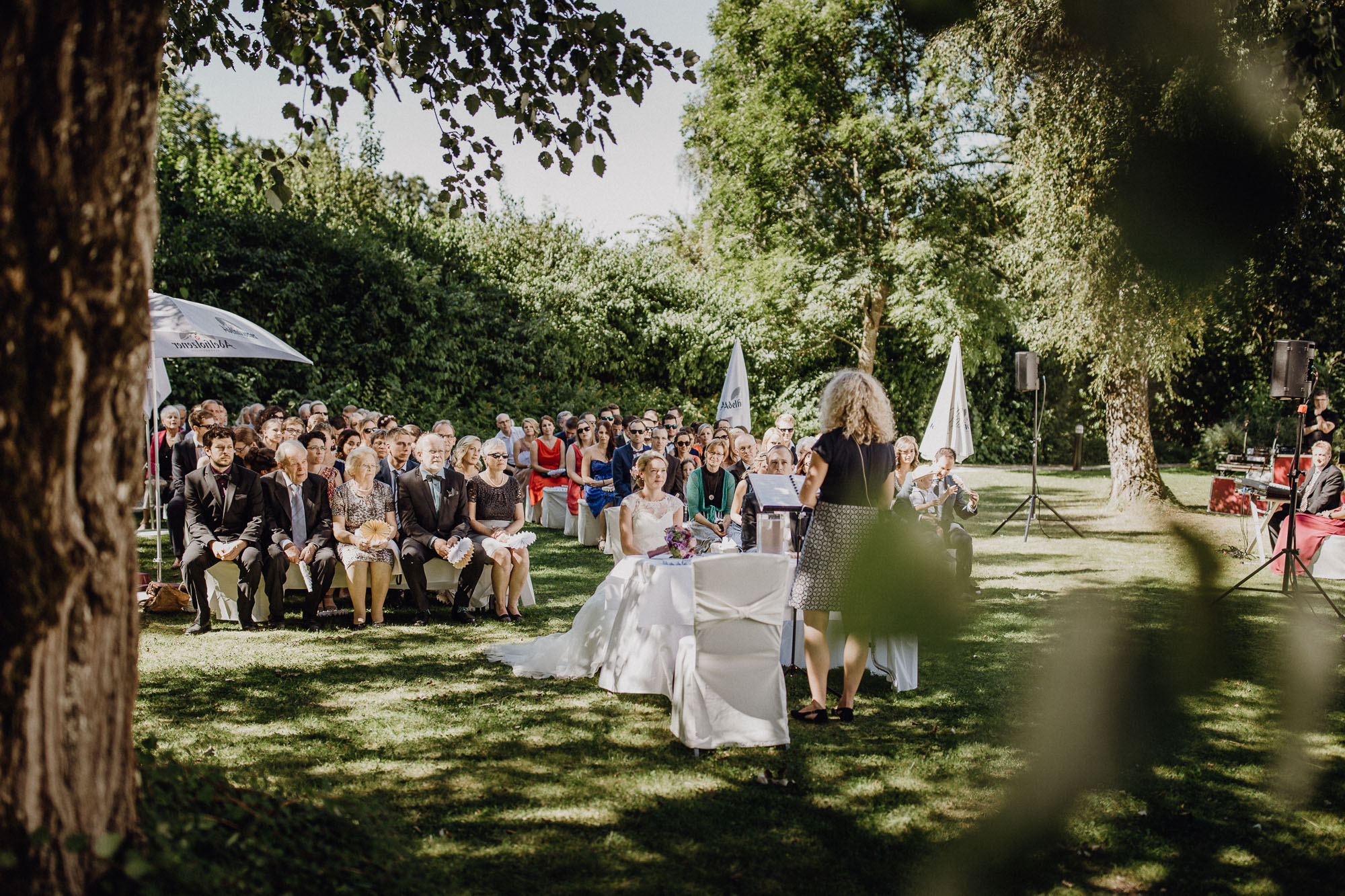 Raissa Simon Photography Destination Wedding Munich Bayern Schloss Hohenkammer 021