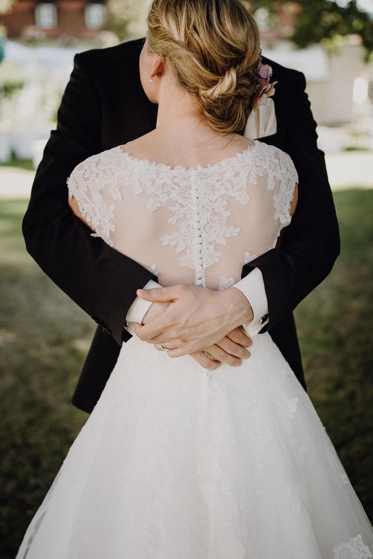 raissa simon photography destination wedding munich bayern schloss hohenkammer 046 - Andi + Joni
