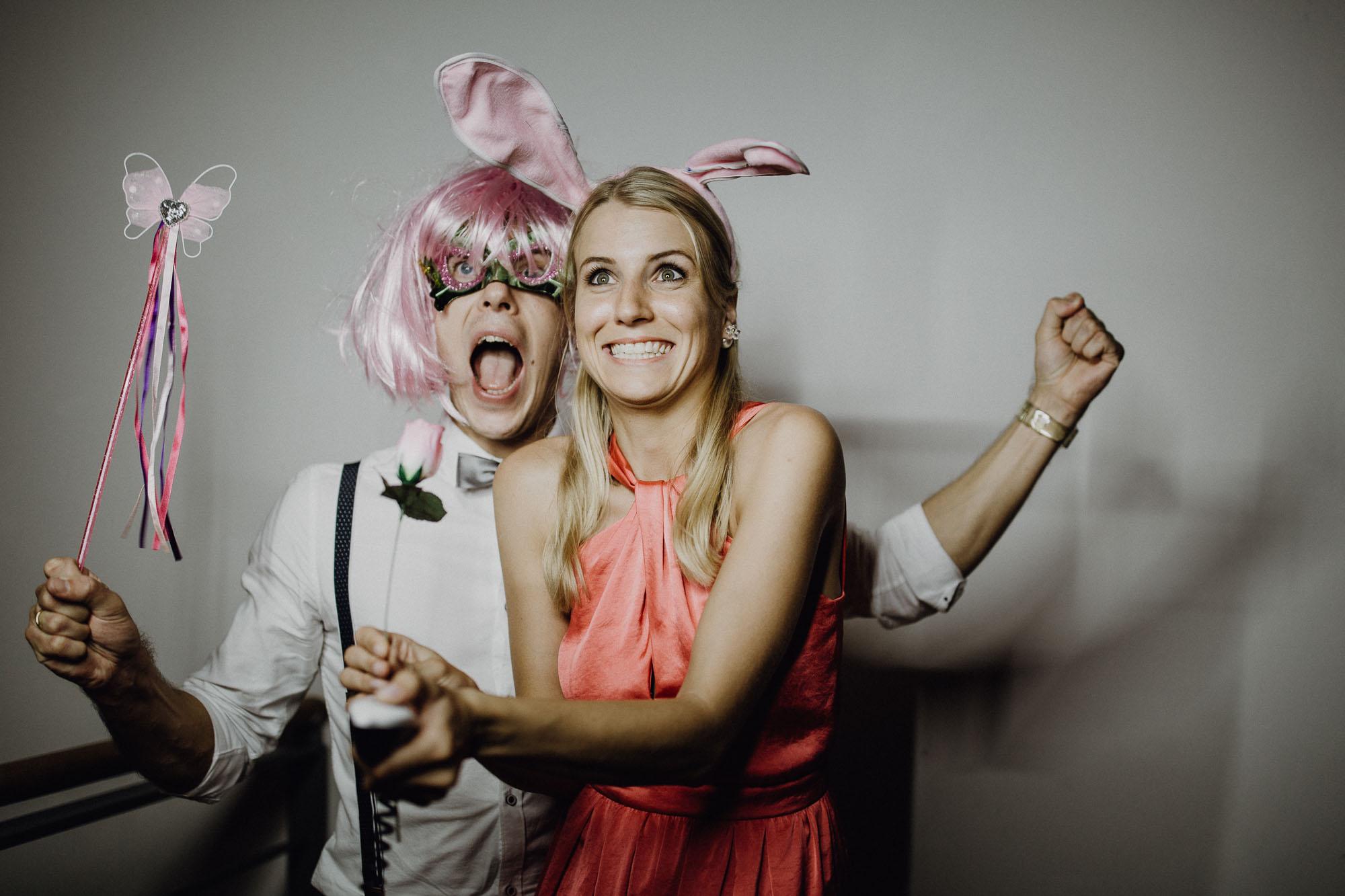 raissa simon photography destination wedding munich bayern schloss hohenkammer 065 - Andi + Joni