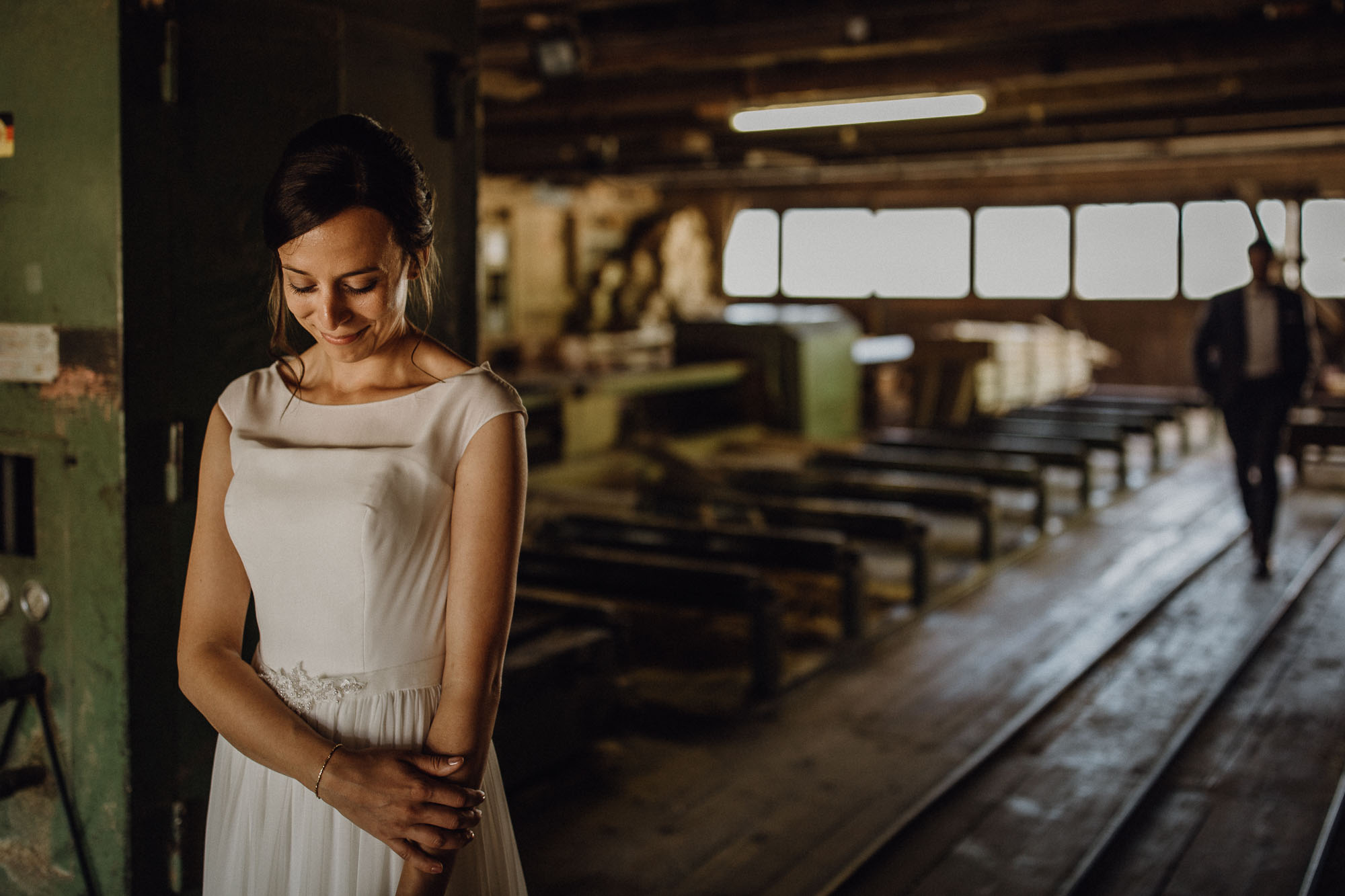 raissa simon photography destination wedding munich black forest barn 032 - Melanie + Sebastian