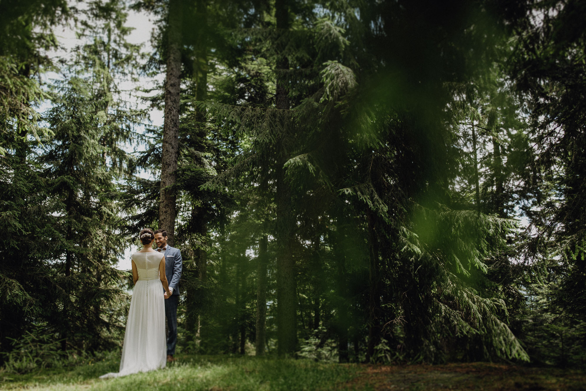 raissa simon photography destination wedding munich black forest barn 049 - Melanie + Sebastian