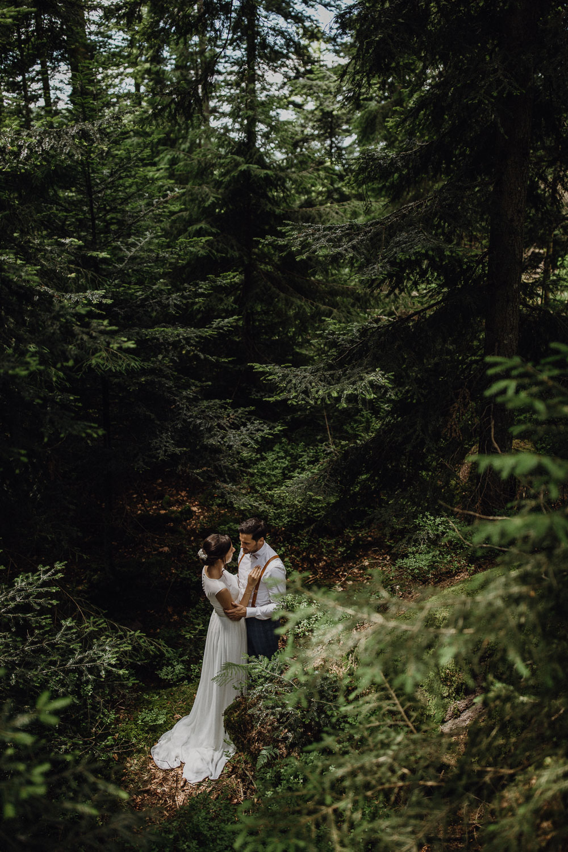 Hochzeitsreportage im Schwarzwald. Raissa + Simon Fotografie