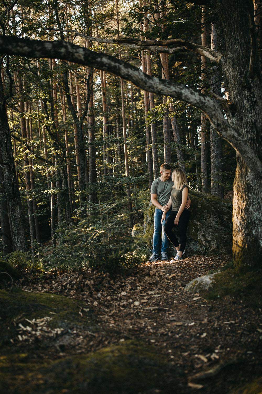 raissa simon photography hannah sven paar schwarzwald hornberg 31 - Hannah + Sven