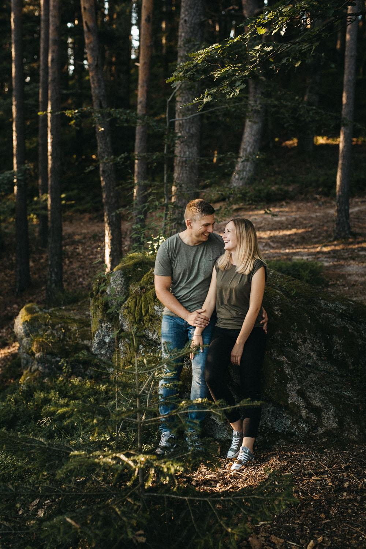 Authentisches Paarshooting im Schwarzwald von Raissa + Simon Fotografie