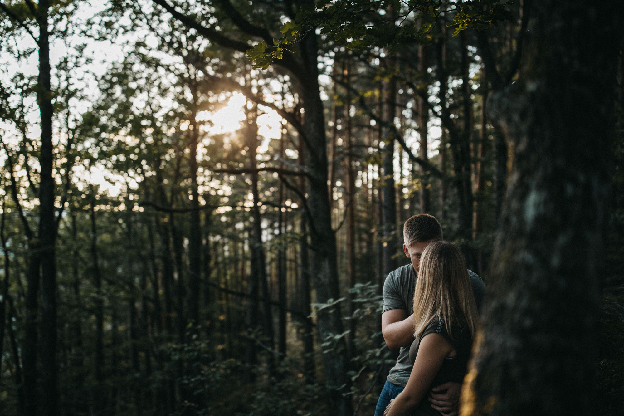 Natürliches Paarshooting im Schwarzwald von Raissa + Simon Fotografie