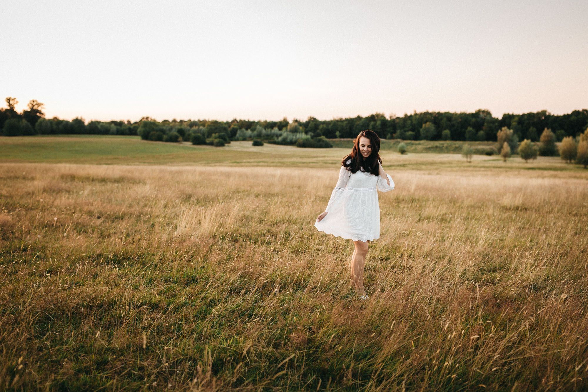 Raissa Simon Photography Family Dragone Augsburg Bavaria Meadow 070
