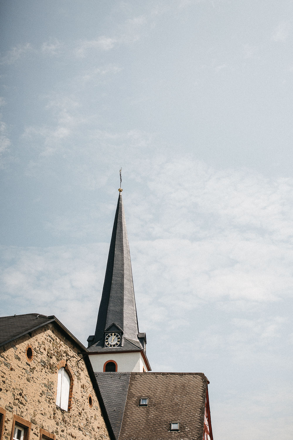 raissa simon photography wedding mosel kloster machern love authentic 001 - Kathrin + Dominik