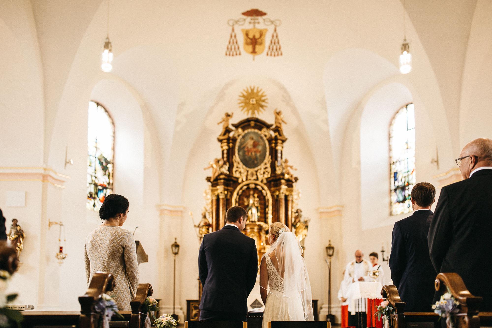 raissa simon photography wedding mosel kloster machern love authentic 127 - Kathrin + Dominik