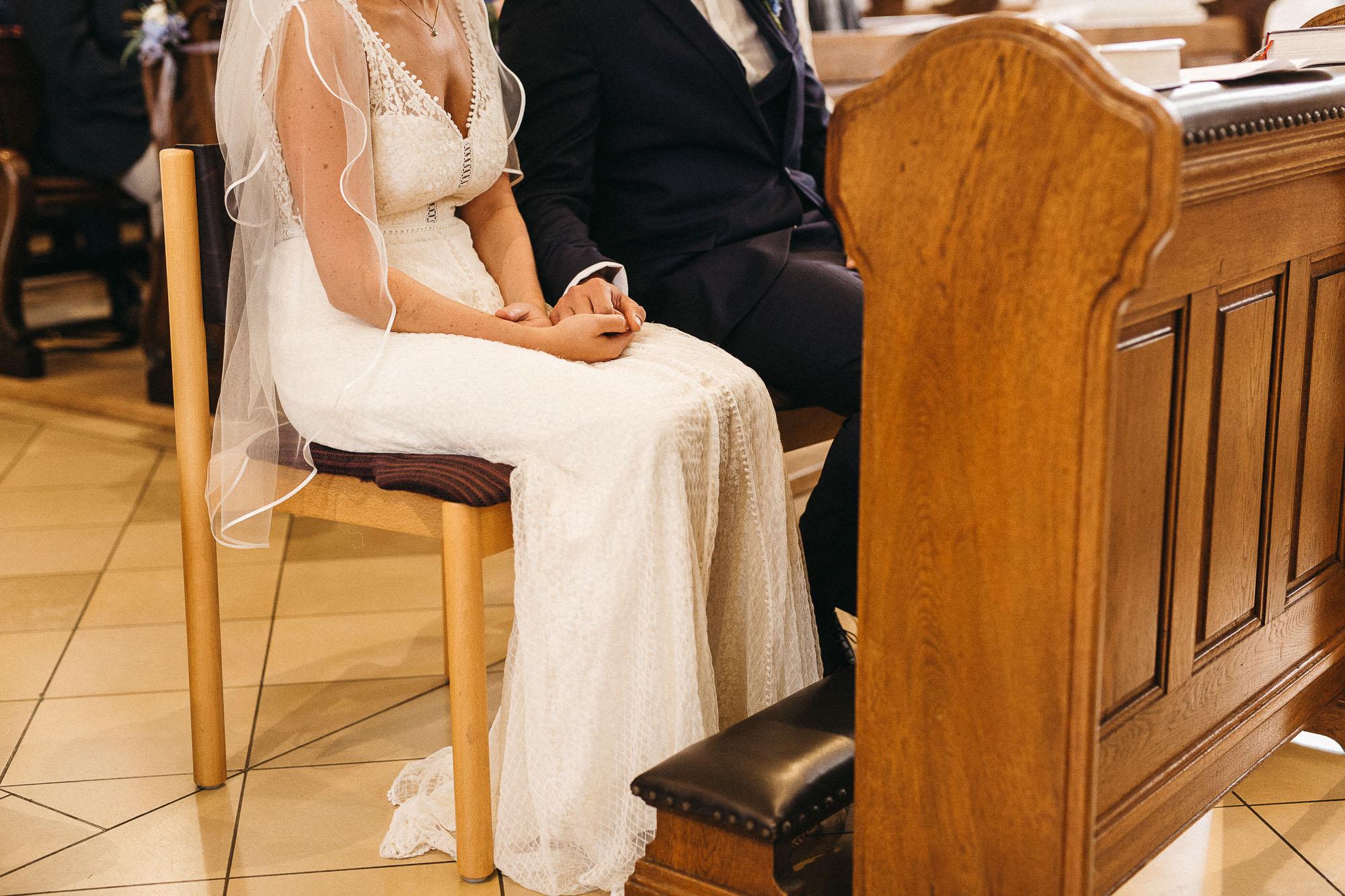 raissa simon photography wedding mosel kloster machern love authentic 165 - Kathrin + Dominik