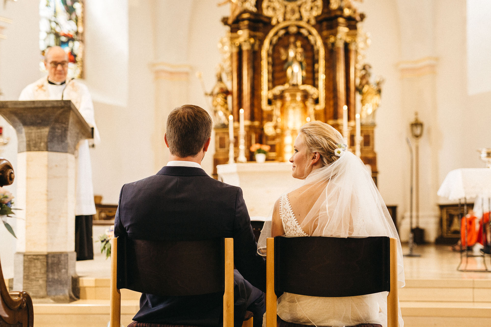 raissa simon photography wedding mosel kloster machern love authentic 175 - Kathrin + Dominik