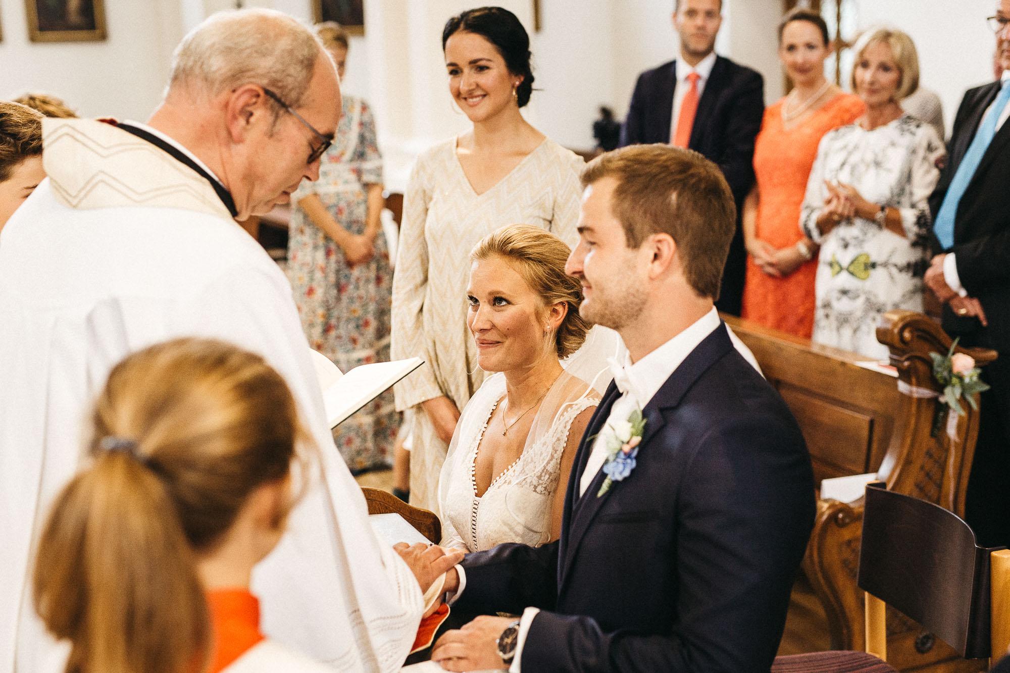 raissa simon photography wedding mosel kloster machern love authentic 197 - Kathrin + Dominik
