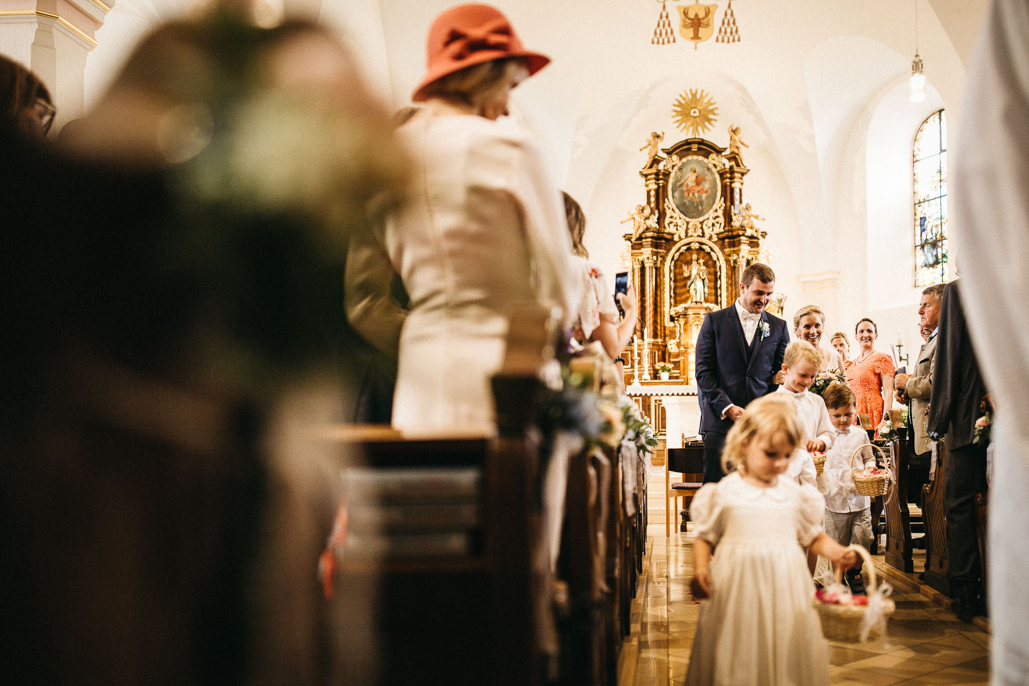 raissa simon photography wedding mosel kloster machern love authentic 226 - Kathrin + Dominik