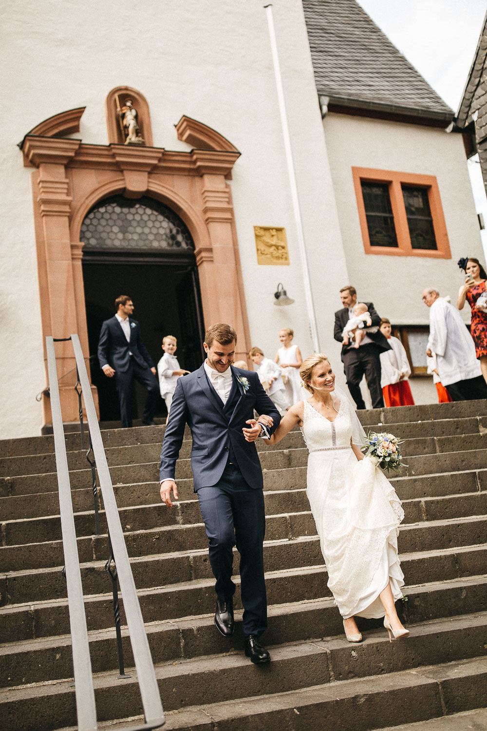 raissa simon photography wedding mosel kloster machern love authentic 236 - Kathrin + Dominik