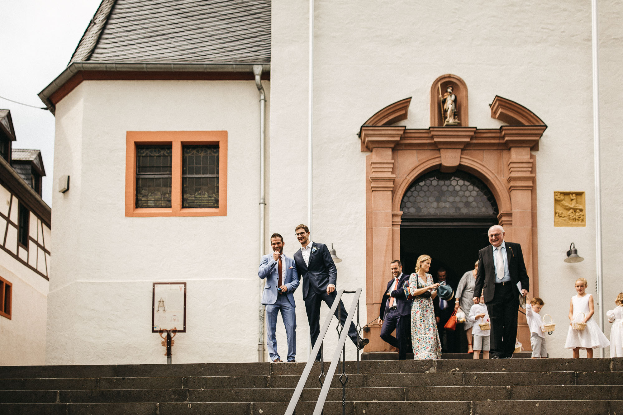 raissa simon photography wedding mosel kloster machern love authentic 238 - Kathrin + Dominik