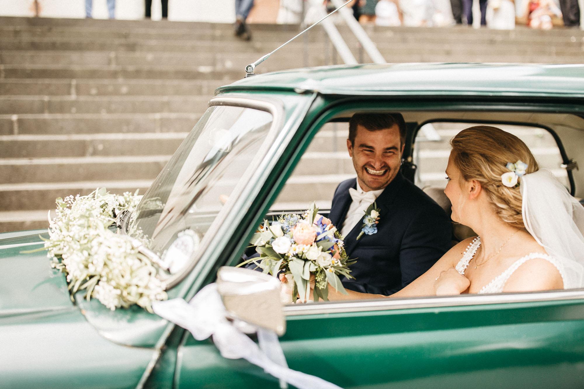 raissa simon photography wedding mosel kloster machern love authentic 239 - Kathrin + Dominik