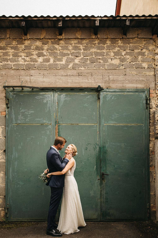 raissa simon photography wedding mosel kloster machern love authentic 308 - Kathrin + Dominik