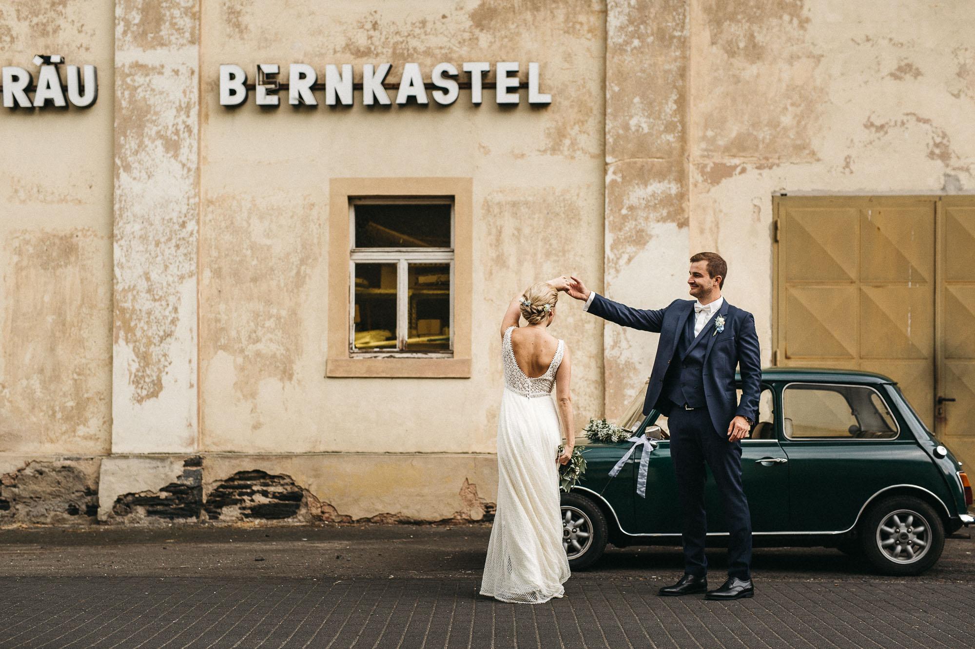 raissa simon photography wedding mosel kloster machern love authentic 344 - Kathrin + Dominik