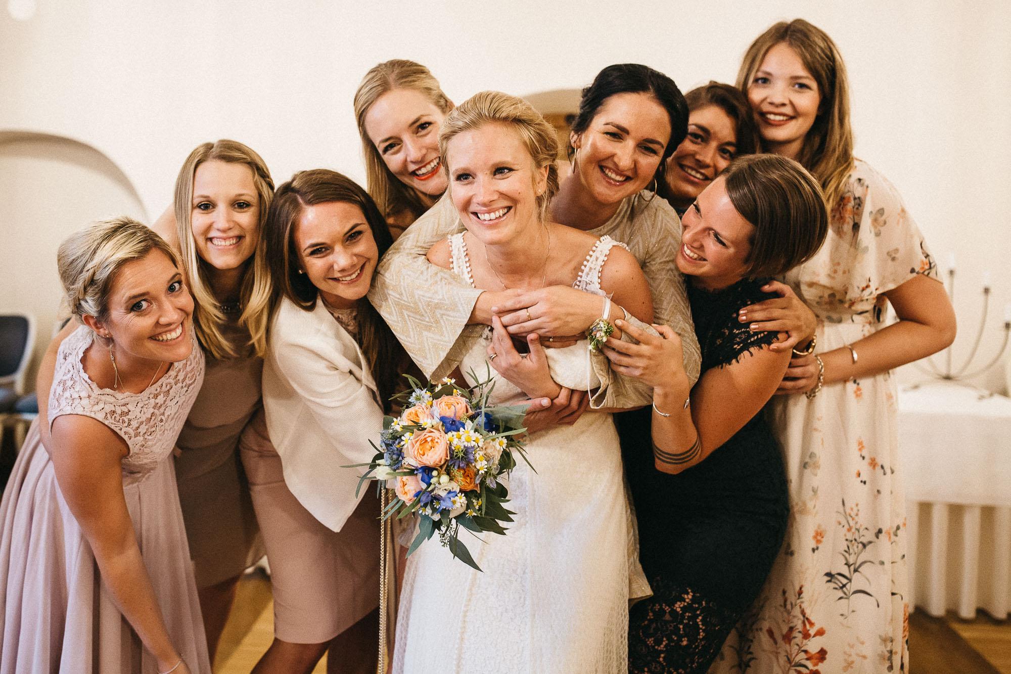 raissa simon photography wedding mosel kloster machern love authentic 527 - Kathrin + Dominik