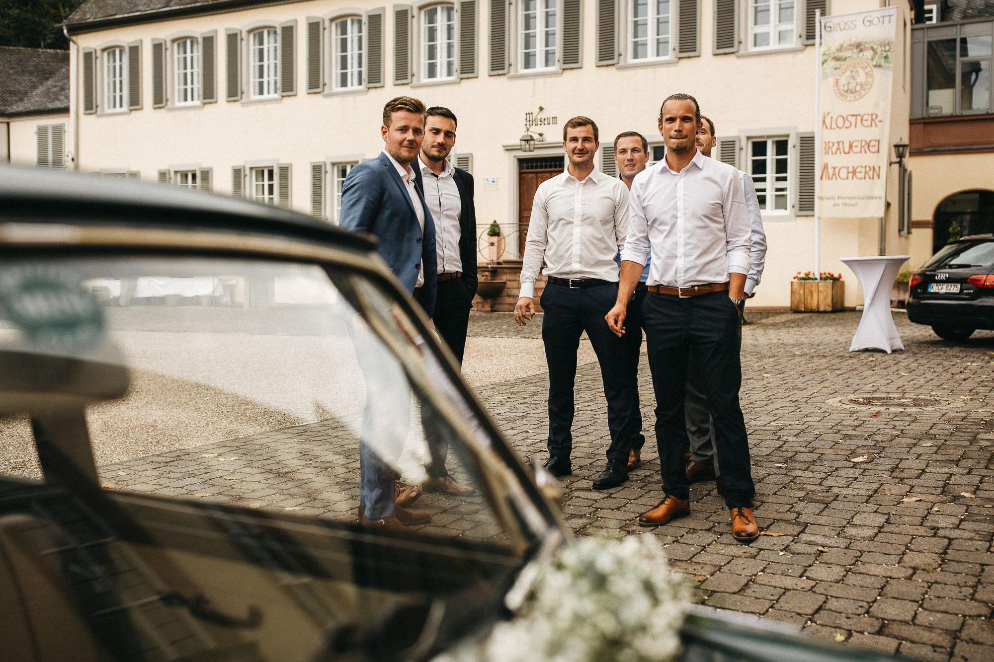 raissa simon photography wedding mosel kloster machern love authentic 644 - Kathrin + Dominik