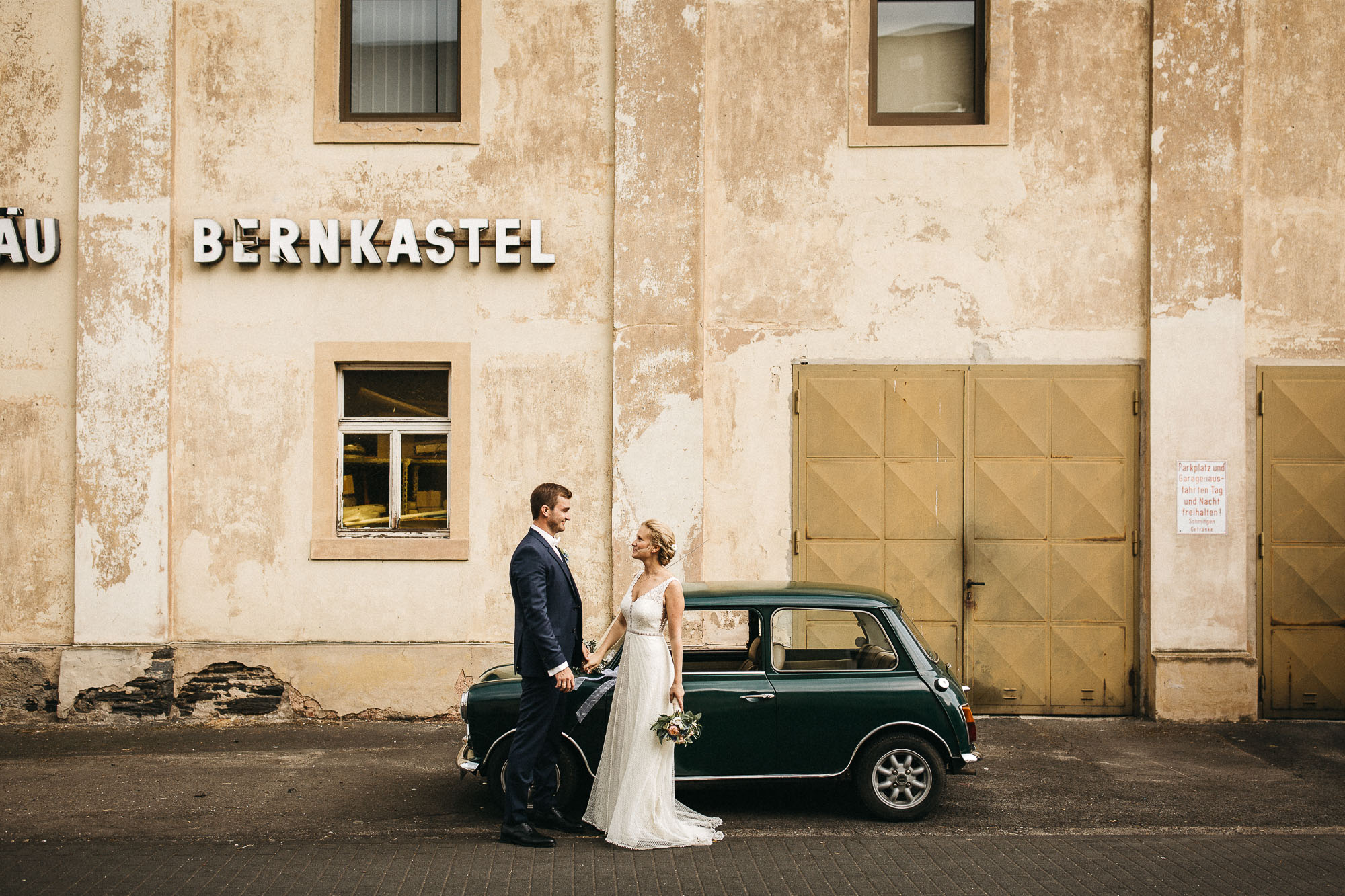 raissa simon photography wedding mosel kloster machern love authentic 338 - Kathrin + Dominik