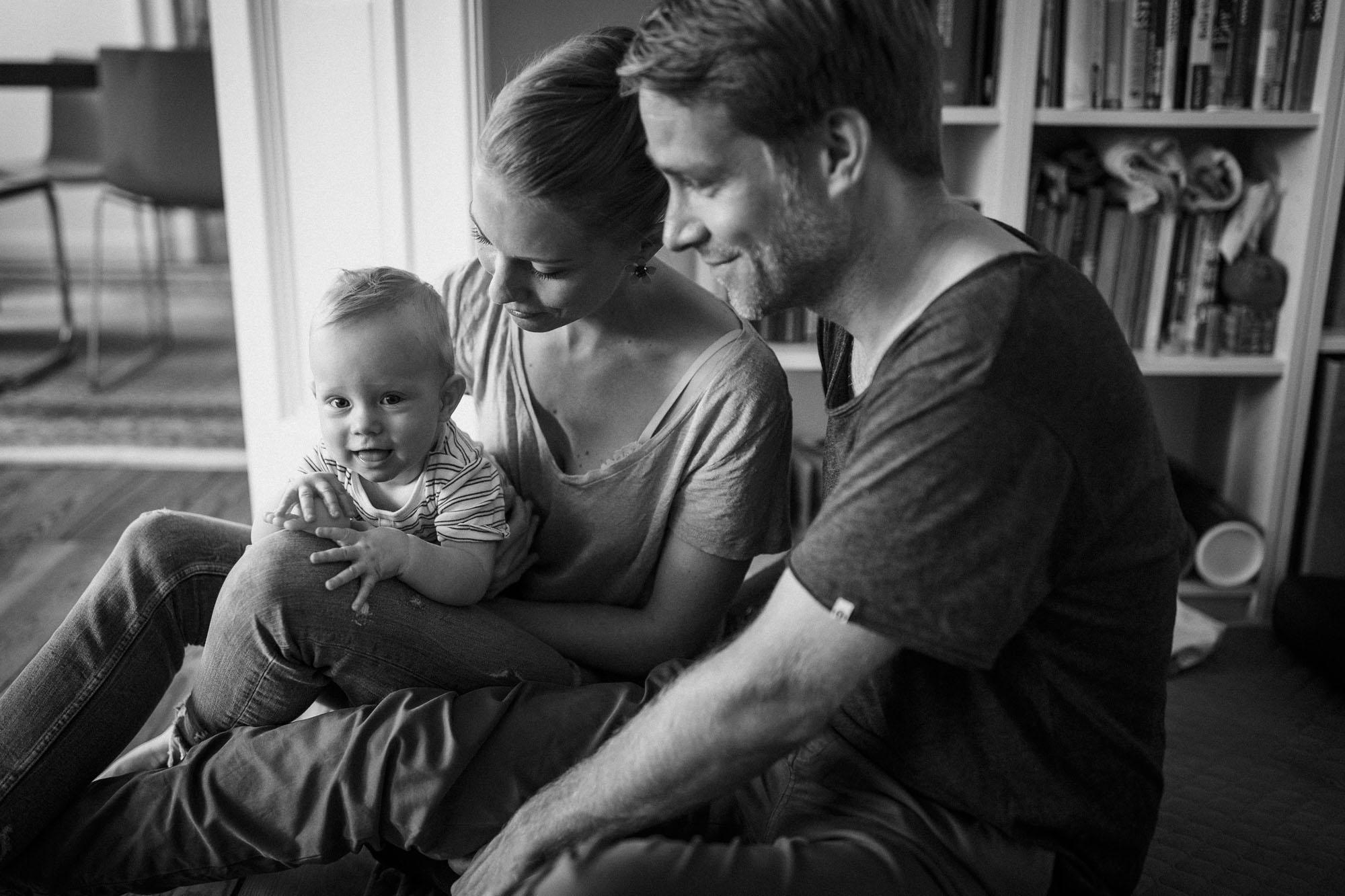 raissa simon photography family home berlin 024 - Katharina, Moritz + Henry