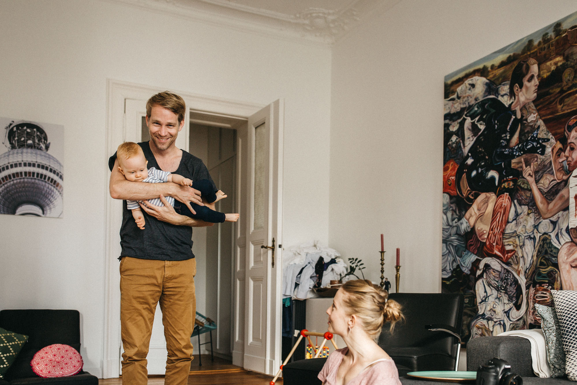 raissa simon photography family home berlin 036 - Katharina, Moritz + Henry