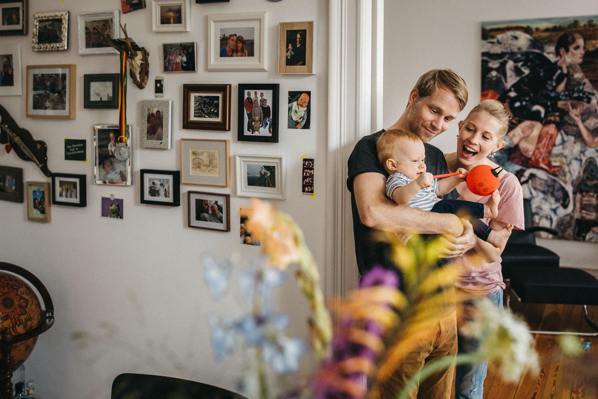 raissa simon photography family home berlin 081 - Katharina, Moritz + Henry