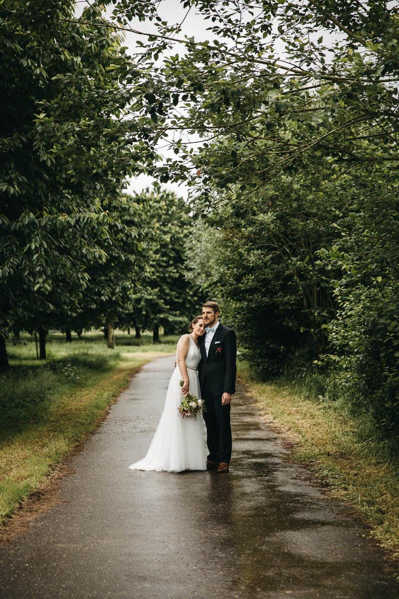 Moderne DIY-Hochzeit im Schwarzwald - Raissa + Simon fotografie