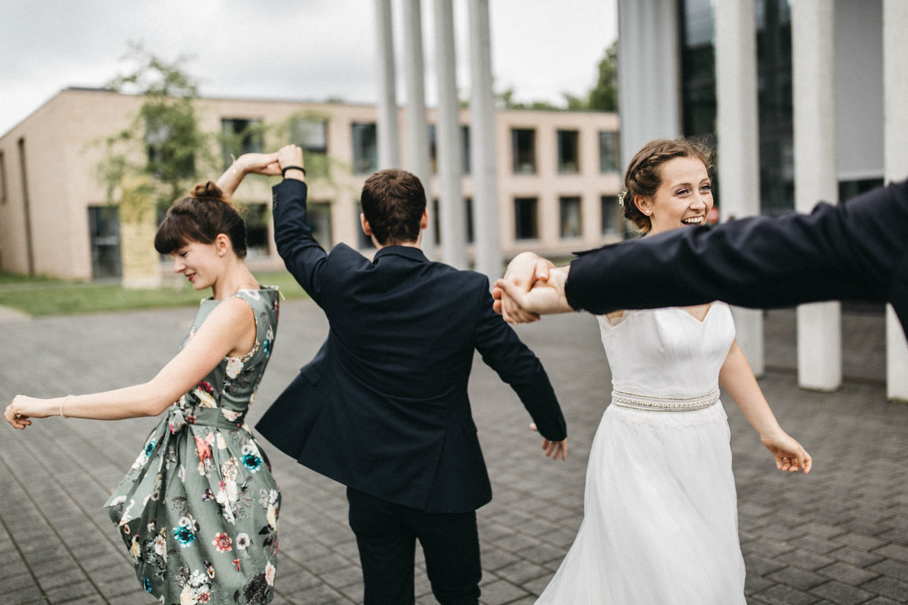 Hochzeitstanz mal anders - Raissa + Simon Fotografie