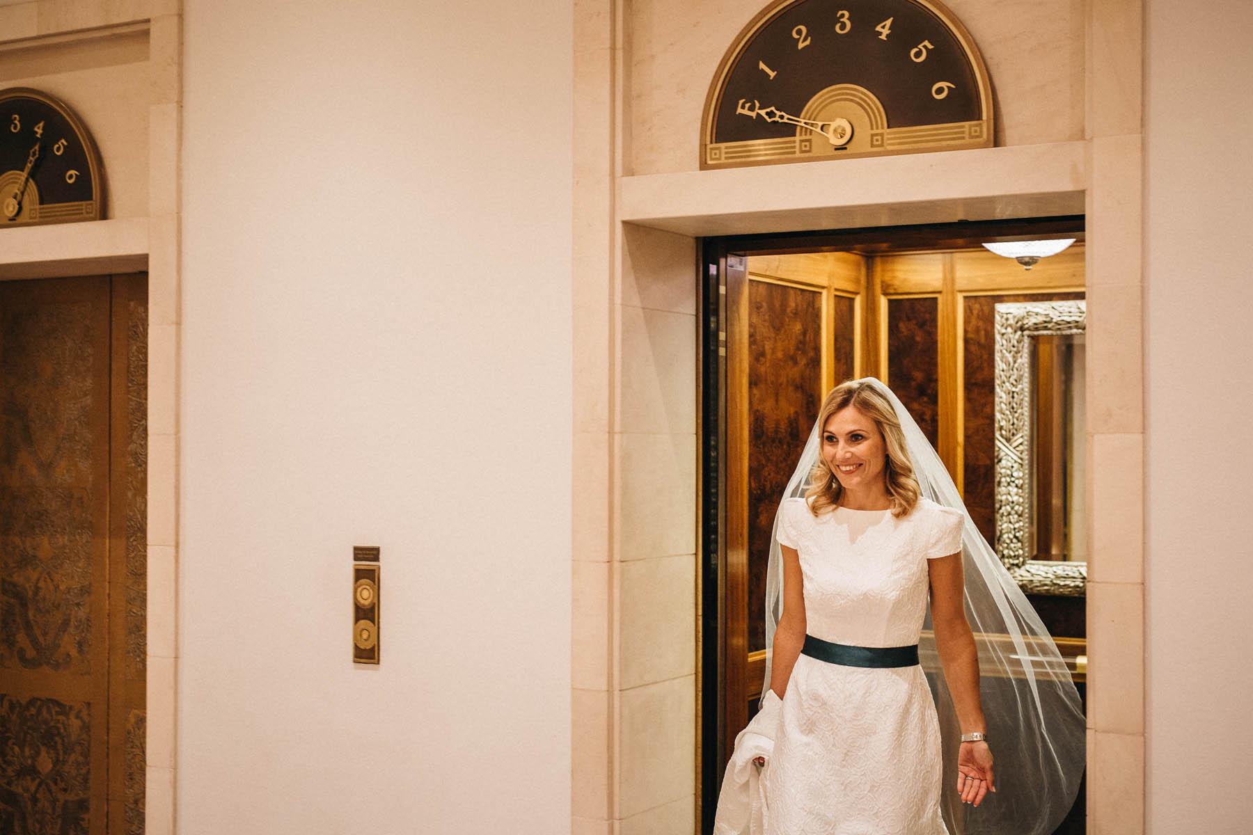 First Look im Hotel Adlon Berlin - Raissa + Simon Fotografie