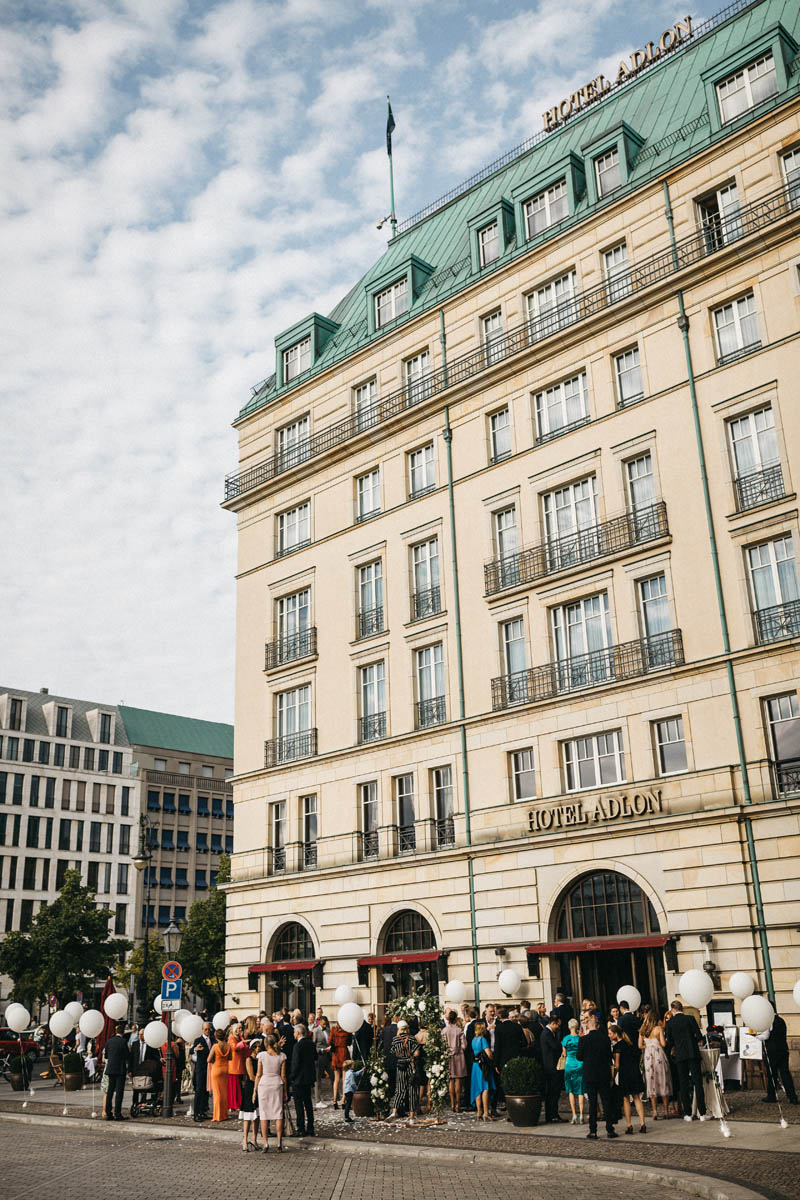Heiraten im Hotel Adlon Kempinski in Berlin - Raissa + Simon Fotografie