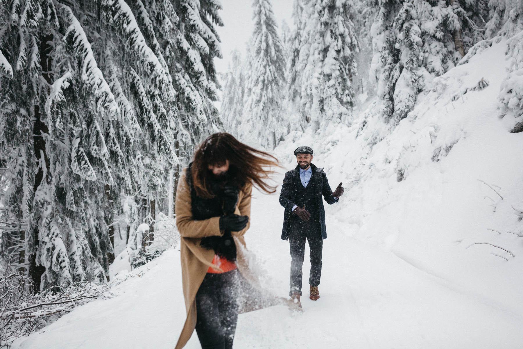 Raissa Simon Fotografie Paarshooting Nais Andre Winter Schwarzwaldhochstrasse 17