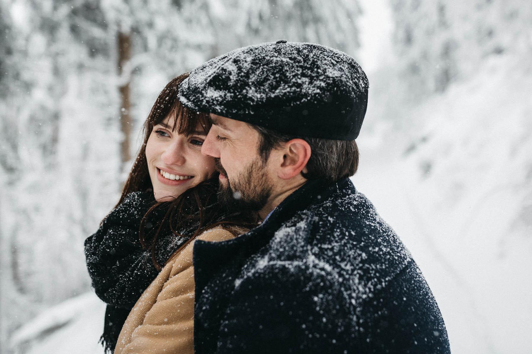 raissa simon fotografie paarshooting nais andre winter schwarzwaldhochstrasse 22 - Naïs + André