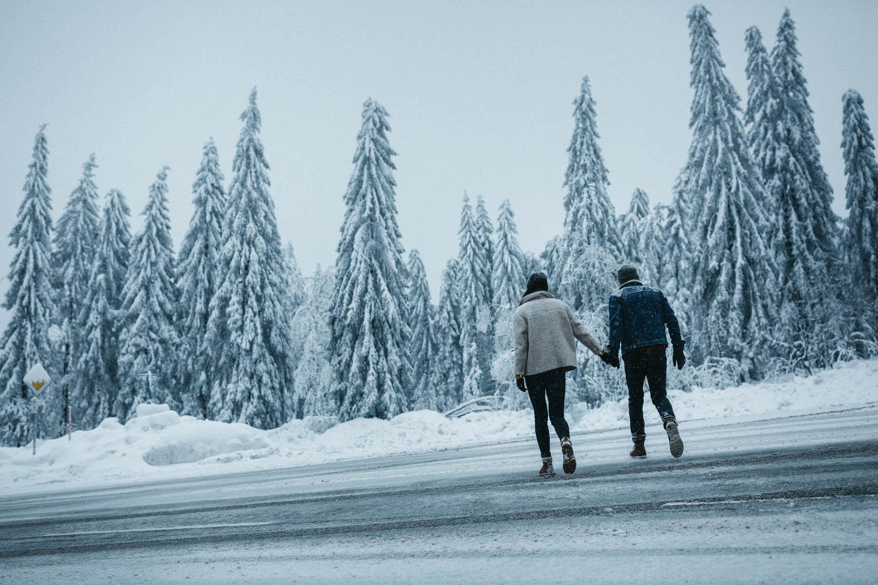 raissa simon fotografie paarshooting nais andre winter schwarzwaldhochstrasse 74 - Naïs + André