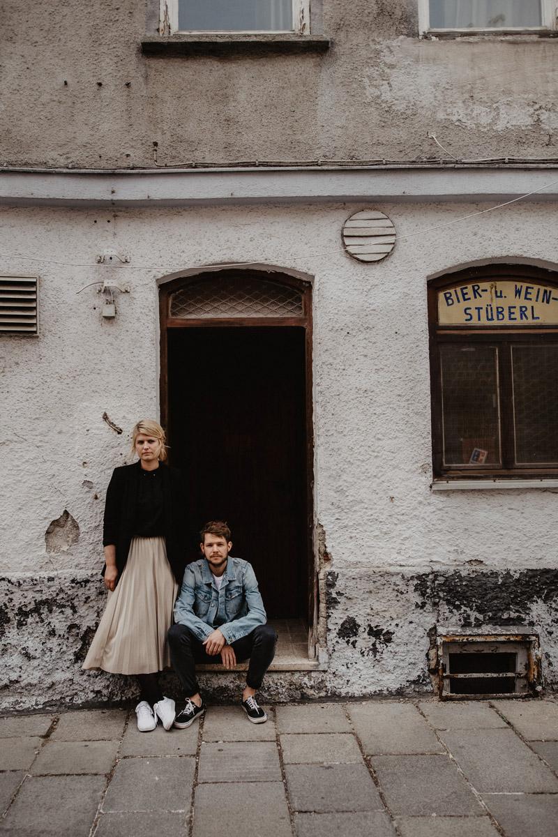 Portrait von Raissa + Simon, Hochzeitsfotografen aus Freiburg