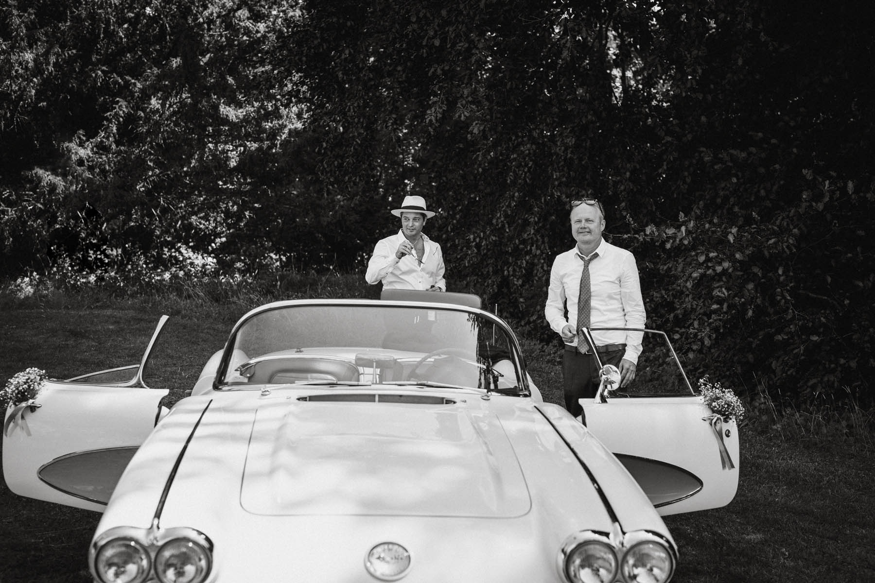 raissa simon fotografie hochzeit vintage starnberger see la villa 045 - Patricia + Maximilian