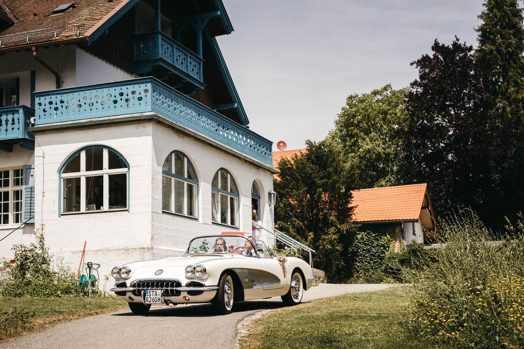 raissa simon fotografie hochzeit vintage starnberger see la villa 049 - Patricia + Maximilian