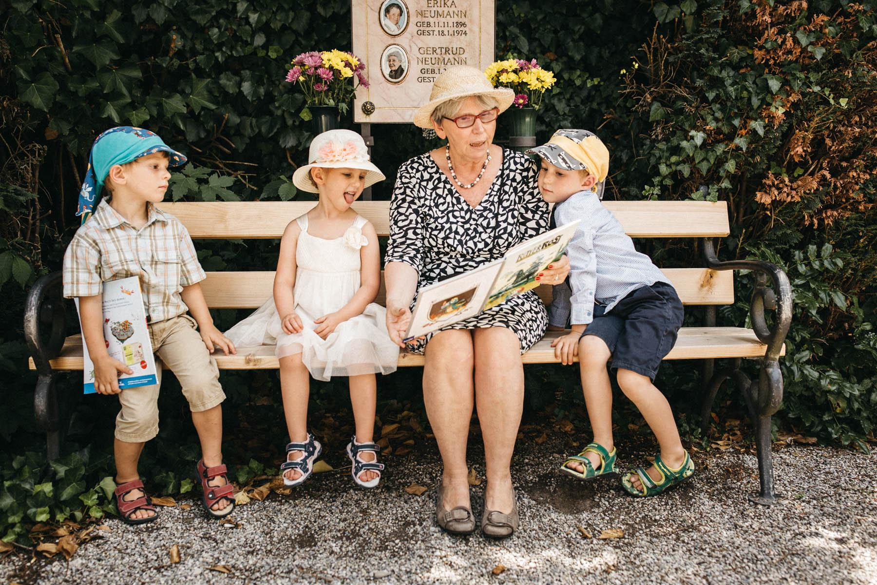 raissa simon fotografie hochzeit vintage starnberger see la villa 050 - Patricia + Maximilian