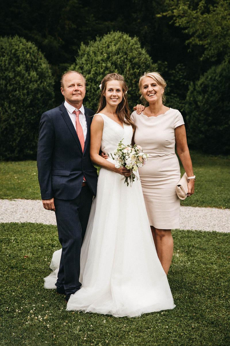 Portrait mit Braut und Eltern | Raissa + Simon Fotografie