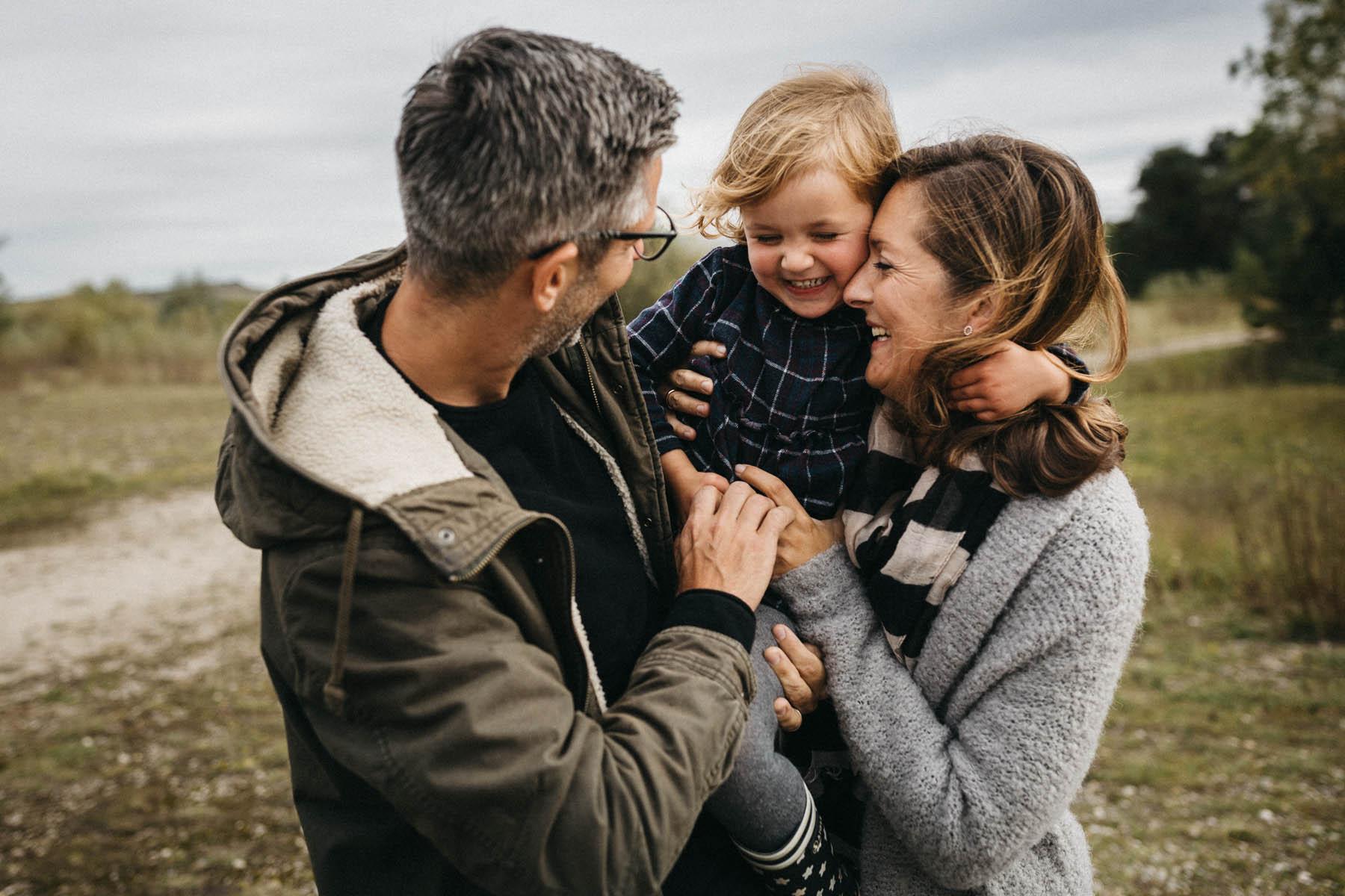 raissa simon fotografie familienfotos froettmaninger heide 041 - Annabel, Steffen + Cleo