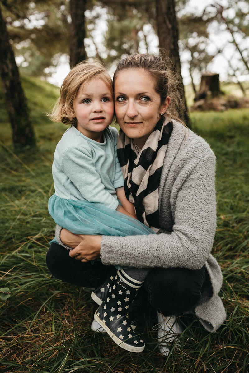 raissa simon fotografie familienfotos froettmaninger heide 075 - Annabel, Steffen + Cleo
