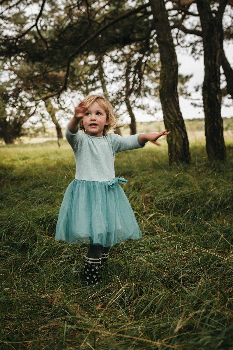 raissa simon fotografie familienfotos froettmaninger heide 078 - Annabel, Steffen + Cleo