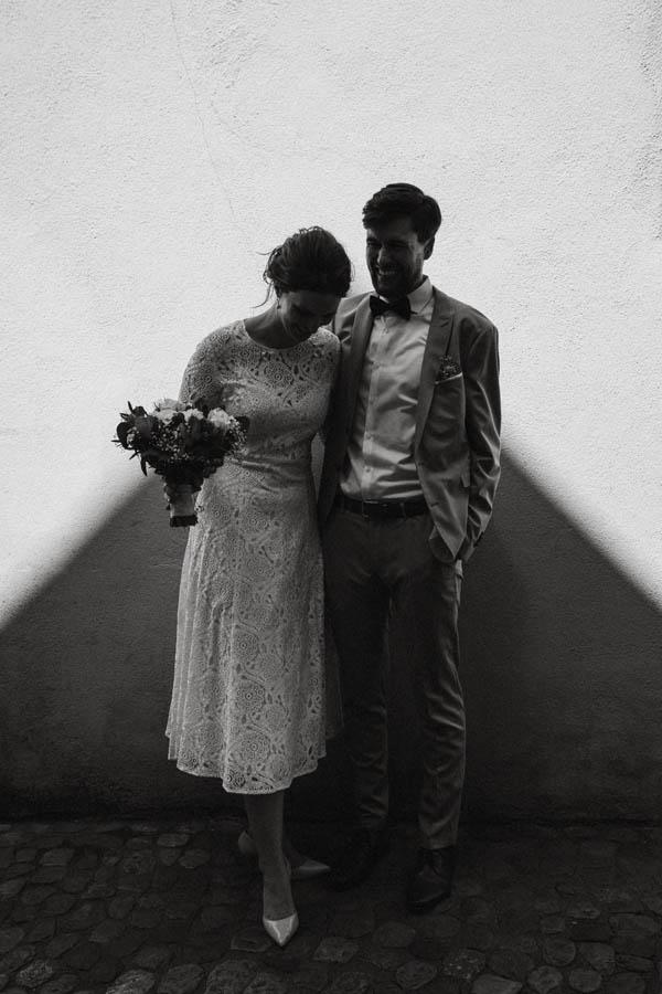 raissa simon fotografie elopement freiburg standesamt 052 - Julia + Tobias