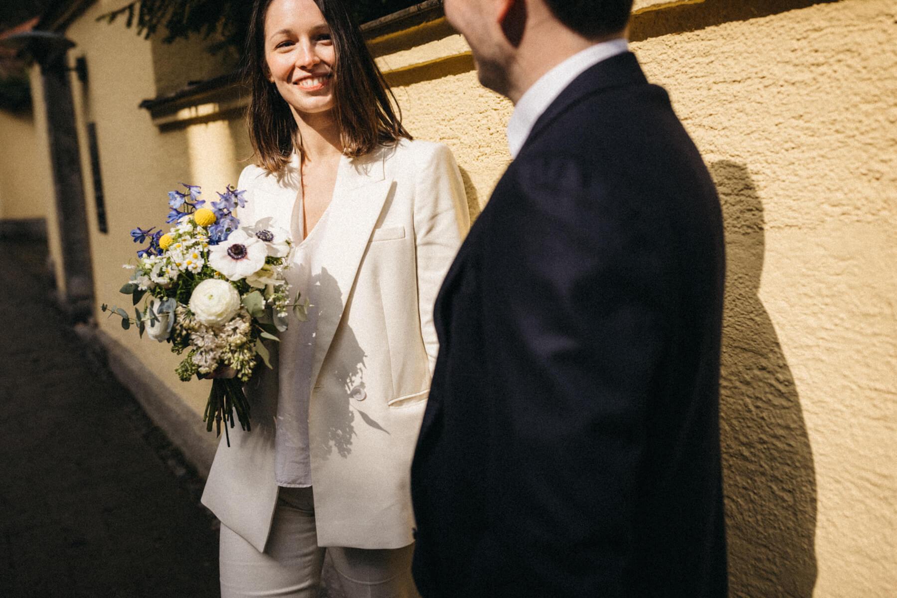 raissa simon fotografie urban civil wedding munich 012 - Nikolija + Niko