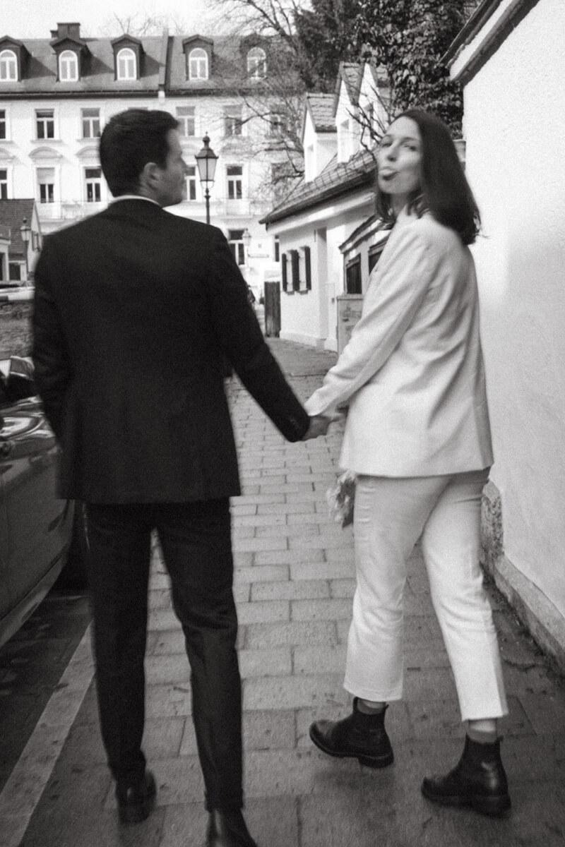 raissa simon fotografie urban civil wedding munich 016 - Nikolija + Niko