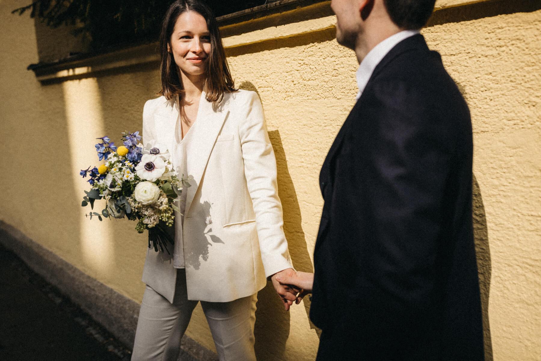 raissa simon fotografie urban civil wedding munich 048 - Nikolija + Niko